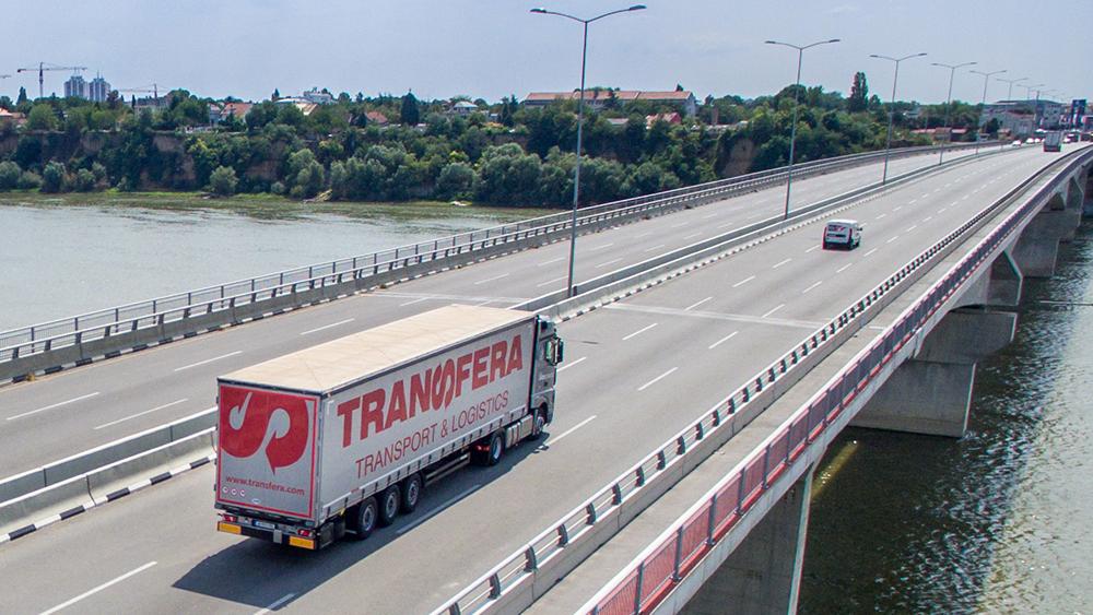 Appell der Firma Transfera  – Applaus auch für Lkw-Fahrer!